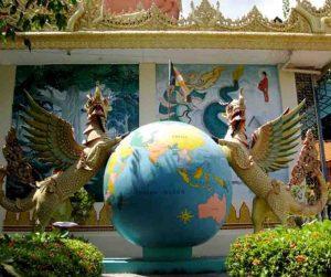 penang van rental - dharmikarama burmese temple (4)