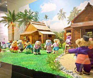 penang van rental - teddyville museum (3)
